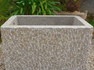 Rechteckige Brunnen